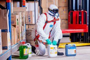 Pracovné odevy a ďalšie ochranné prostriedky
