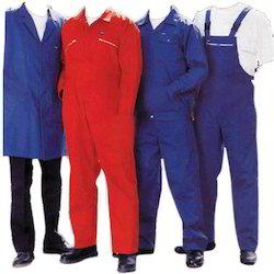 Pracovné odevy v rôznych farbách