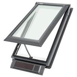 Strešné okno na plechovú strechu